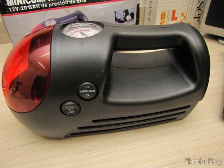 Mini Compressor / Air Pump for 12V Car (Mini Car Air Pump Compressor Tire Gauge - Black + Silver (DC 12V))