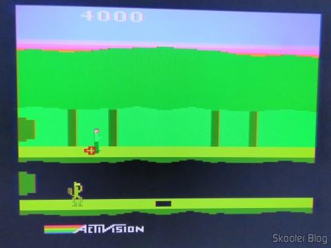 Pitfall II no Atari 2600 via Framemeister, sem artefatos após sincronizar novamente