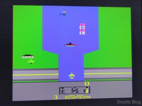 River Raid no Atari 2600 via Framemeister