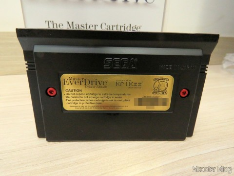 Parte traseira do Master Everdrive (Deluxe Edition)