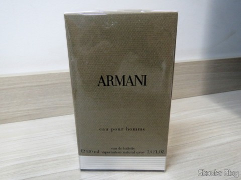 Armani 3.4 oz (100ml) EDT Spray on its packaging
