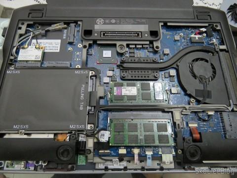 Abrindo o Dell Latitude E6220