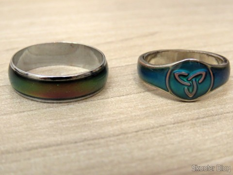 Mood ring (Mood Ring) with 12 Color Variables for Silver Emotions beside the Ring Humor Celtic Ireland