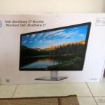 Monitor Dell UltraSharp de 27 polegadas Ultra HD 5k com PremierColor UP2715K, em sua embalagem