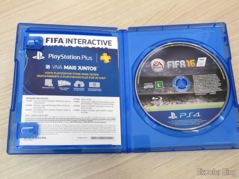 Fifa 16 (PS4): folhetos e blu-ray
