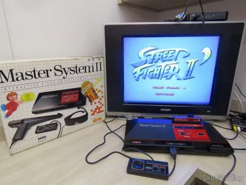 Master System II rodando o Street Fighter II com o Master Everdrive