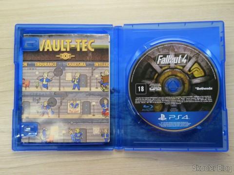 Poster e Blu-ray do Fallout 4 (PS4)