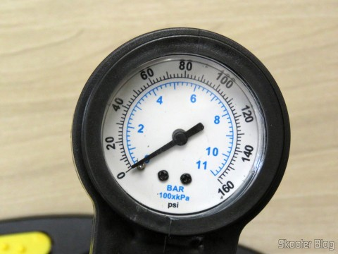 Pressure gauge air pump with lever, with 60 cm, to inflate tires, VONDER