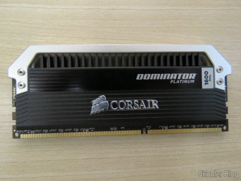 Corsair Dominator Kit module Platinum 32 GB (4x8GB) DDR3 1600 MHz (PC3 12800) Desktop Memory (CMD32GX3M4A1600C9)