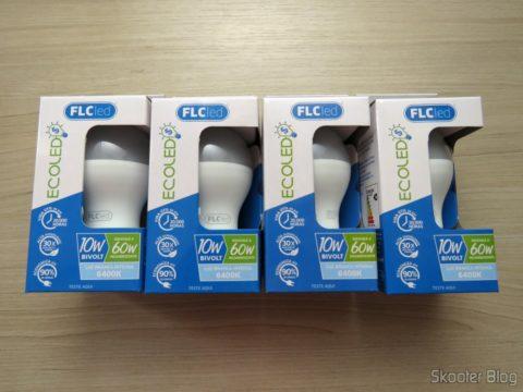 Lâmpadas LED FLC 10W 6400K, em suas embalagens
