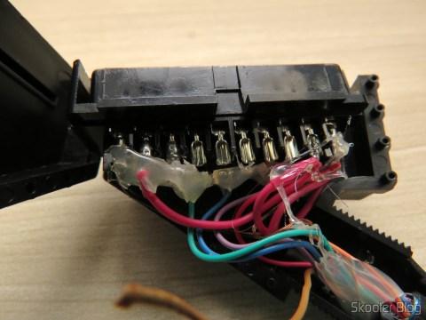 Conversor de EuroSCART para o Framemeister XRGB Mini, com o condutor laranja quebrado