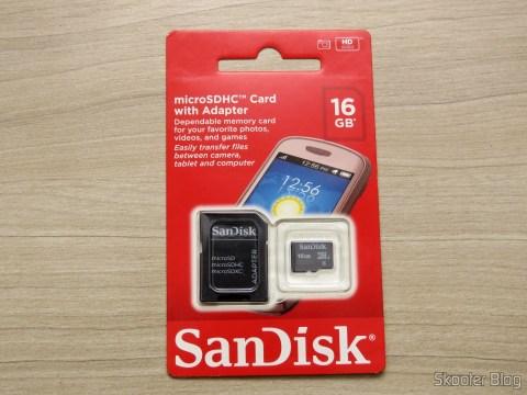 Cartão De Memória 16GB Micro SD + Adaptador SD em sua embalagem