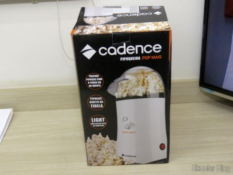 Pop Popcorn Machine More Cadence, on its packaging
