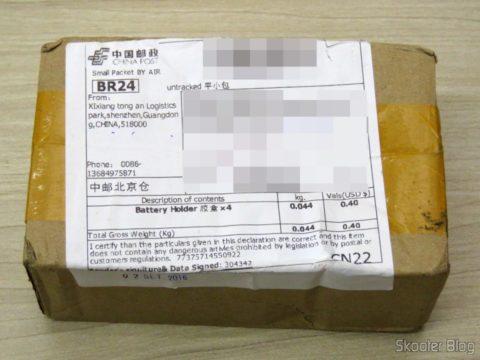 Caixinha com 4 Estojos Rígidos para Pilhas AA, AAA, 14500 e 10440