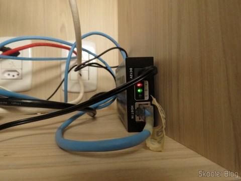Receptor HDMI junto na TV do ponto escravo