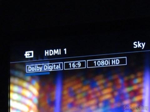 Ponto Escravo sintonizando Sky, com detalhe do áudio Dolby Digital