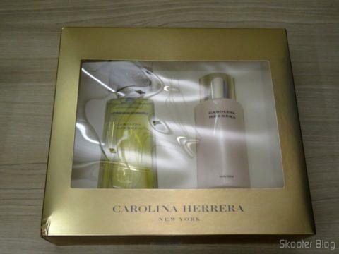 Carolina Herrera Gift Set - 3.4 oz EDP Spray + 6.7 oz Body Lotion (In)