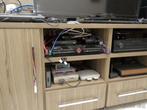 2 HDMI Extender transmitter Lenkeng LKV375 HDBaseT by Single twisted pair, installed along the Sky decoder