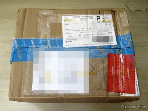 Caixa da Amazon com o MSI Cubi 2