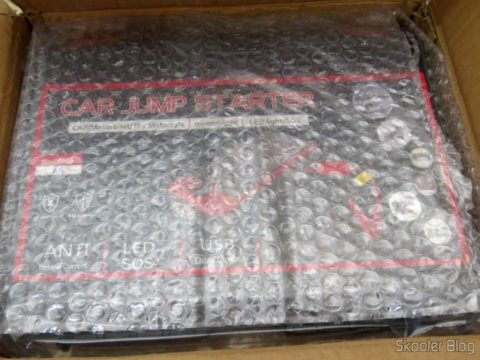 Bag of Mini Powerbank with Jump Starter for Car and motorcycle, wrapped in bubble wrap