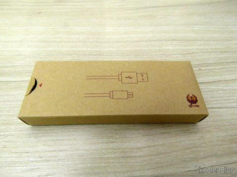 USB cable box that accompanies the Crissaegrim NES30 PRO 8Bitdo