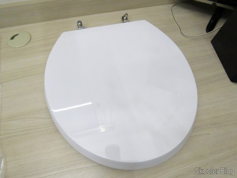 Polyester toilet seat for Dinnerware Celite Azalea, the brand Sedile