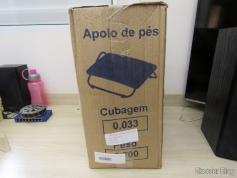 Footrest Adjustable In High-density Black Armchairs Paraná, on its packaging