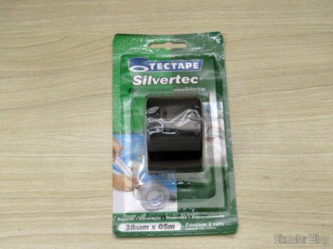 Fita Adesiva Multiuso Tectape Silvertec Preta, em sua embalagem