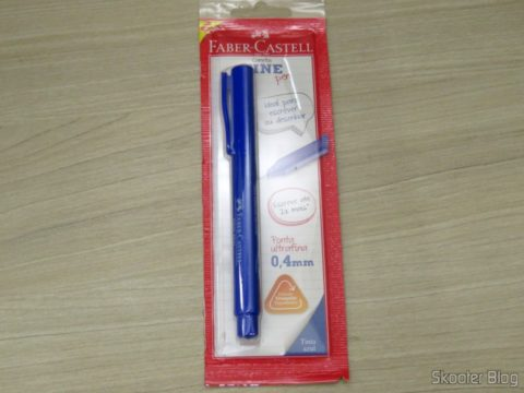 Caneta Hidrográfica Azul 0,4mm Faber Castell Fine Pen, em sua embalagem