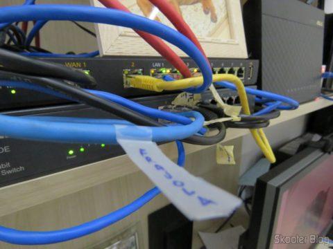 Identificando cabos com a Fita Adesiva Mágica Scotch 12mm x 10m c/ aparelho