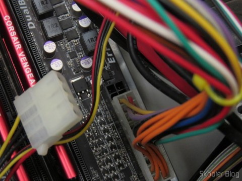 Plugs molex da fonte de alimentação Mtek