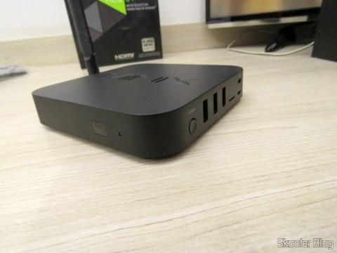 Minix NEO U1: the front