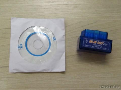 Mini ELM327 V2.1 OBD2 Bluetooth e mini CD com softwares