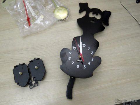 Installing the Golden Pendulum clock machine - Axis 17