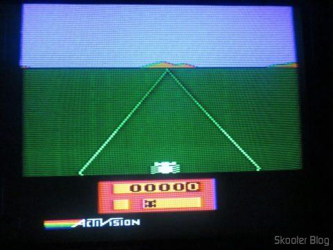 Enduro no Atari 2600 no processo de de-transcodificação