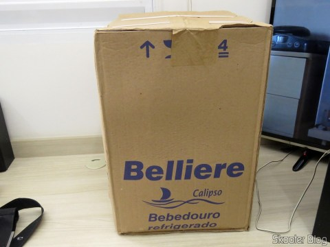 Water cooler jug stainless steel Table of Belliere, on its packaging