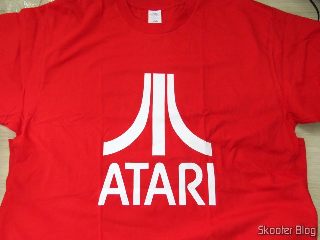 Cotton t-shirt with Atari's Logo.
