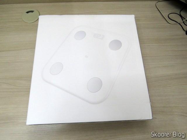 Xiaomi Mi Smart Scale 2, em sua embalagem,