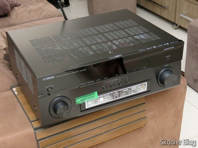 Receiver Yamaha Aventage RX-A870.