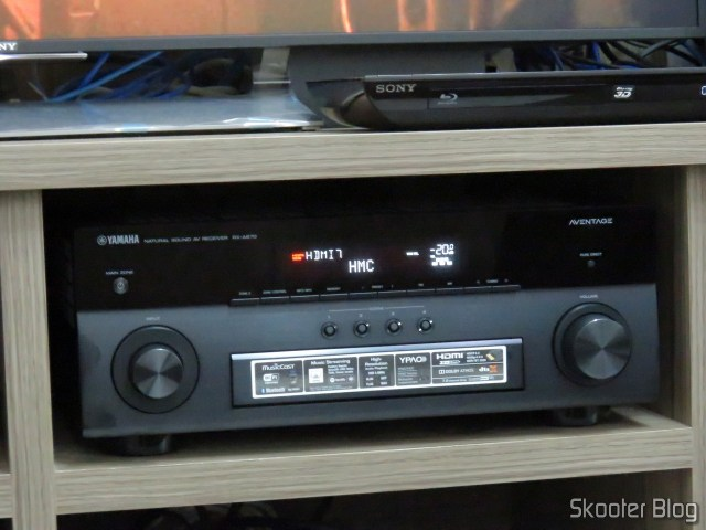 Receiver Yamaha Aventage RX-A870, identifying the source: Receiver Sky.
