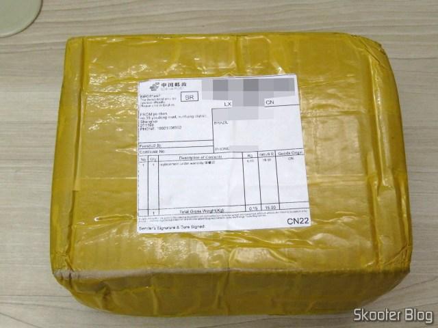 """Pacote com o HDD Western Digital 3.5"""" Red, modelo WD40EFRX de 4TB."""