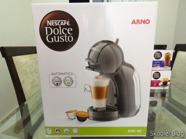 A Cafeteira Nescafé Dolce Gusto Mini Me Preta.