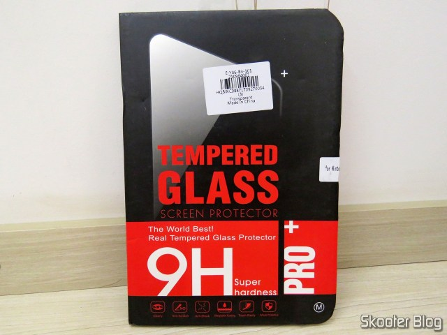 Tempered glass film for Nintendo Switch, on its packaging.