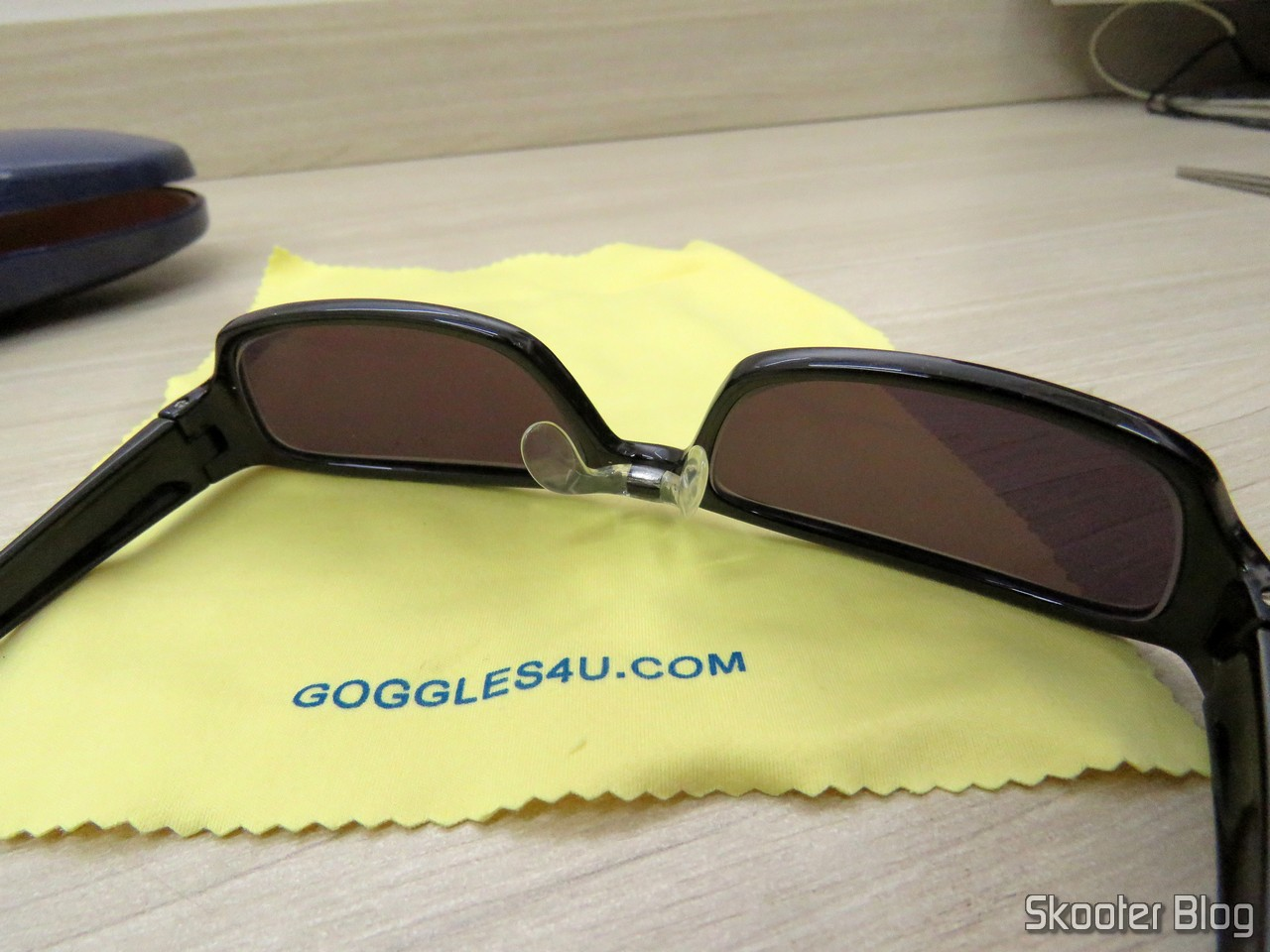 d23322658 Óculos de Sol com Grau, Lente Preta Escura (G4U T3022 Rectangle Eyeglasses  124765-