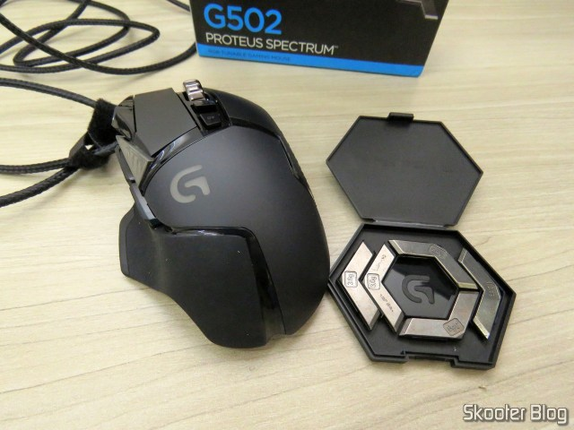 Logitech G502 Proteus RGB Spectrum Tunable Gaming Mouse and accessories.