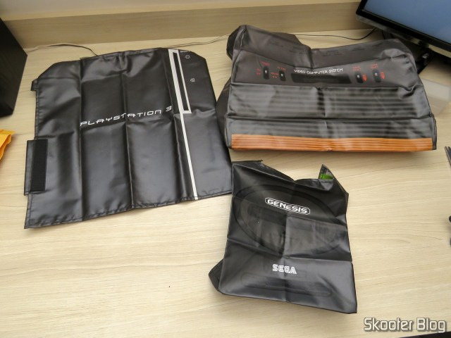 Capas para Consoles do Printer Boy: Sega Genesis II, Atari 2600 Woody, e Playstation 3 Fat.