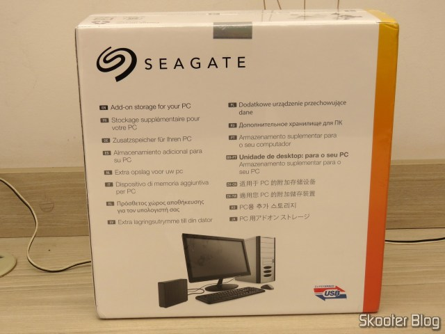Seagate Expansion Desktop 8 TB External USB Hard Drive 3.0 (STEB8000100), on its packaging.