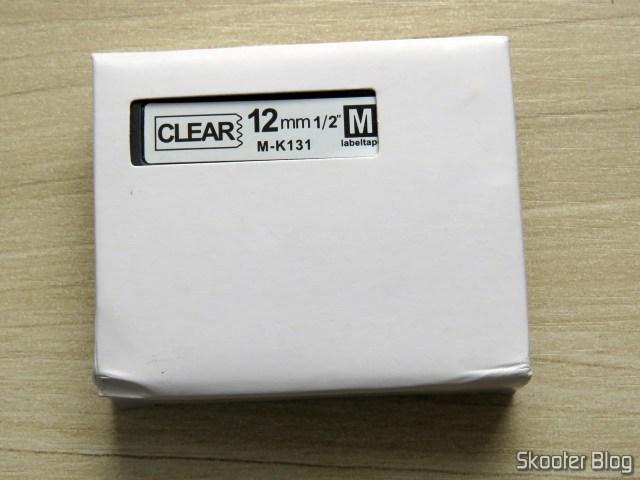Fita para Rotulador Brother Transparente 12mm M-K131, em sua embalagem.