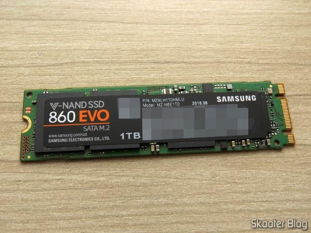 Samsung 860 EVO 1TB M.2 SATA Internal SSD (MZ-N6E1T0BW).