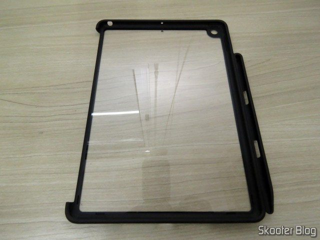 Back cover Hard ultra-thin transparent to iPad 9.7 2017/2018 with support for Apple Pencil.